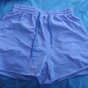 Pants - Cute sweat shorts
